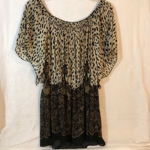 WD NY brand off the shoulder blouse with leopard